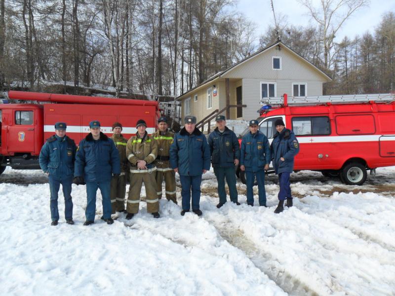 Пожарные и спасатели 6 отряда ГПС Ивановской области.