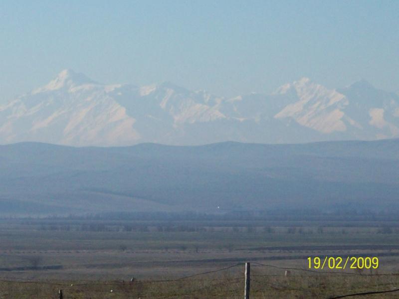 Вид на Главный Кавказский хребет