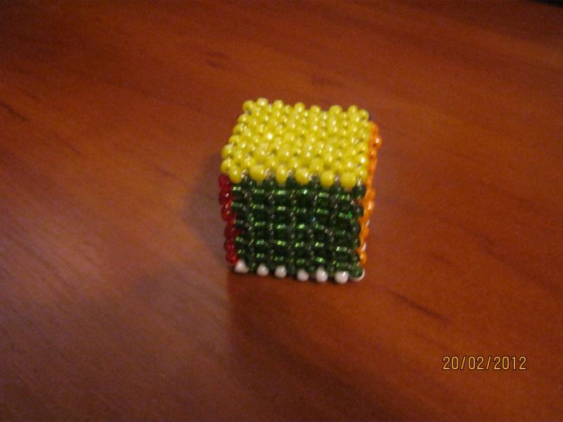 кубик из бисера пошаговая схема