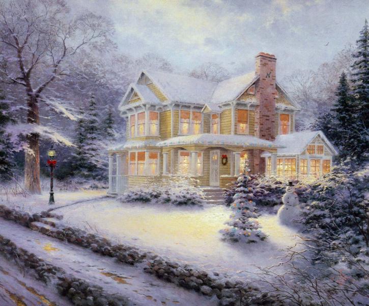 Дом и  новогодняя улица...