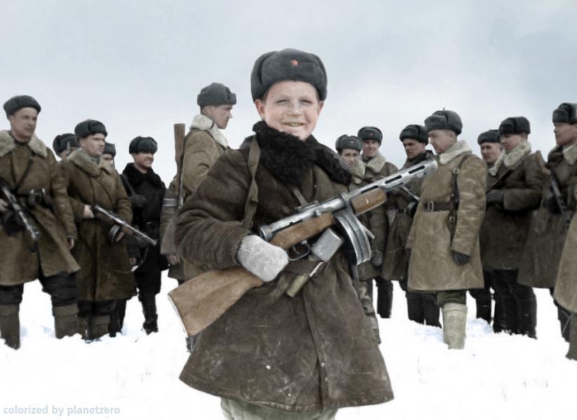 Разведчик Вова Егоров. 1942 г.