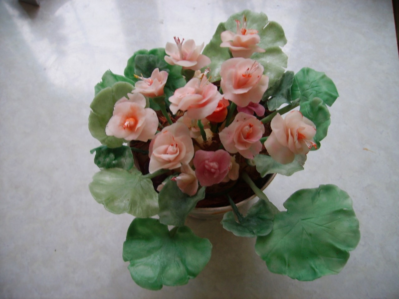 Эти же цветочки,а горшочек тоже самодельный