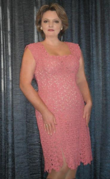 Вязаное платье в технике ленточного кружева мастера Елены Бас.
