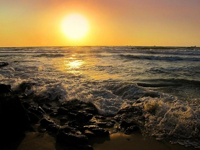Наше море в Ашкелоне (лучше раскрыть снимок)