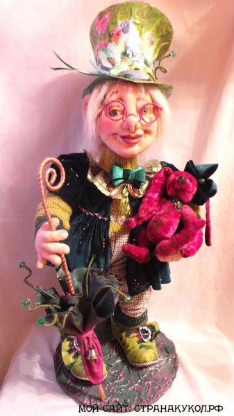 """Авторская кукла:""""Возвращение розового кролика""""."""