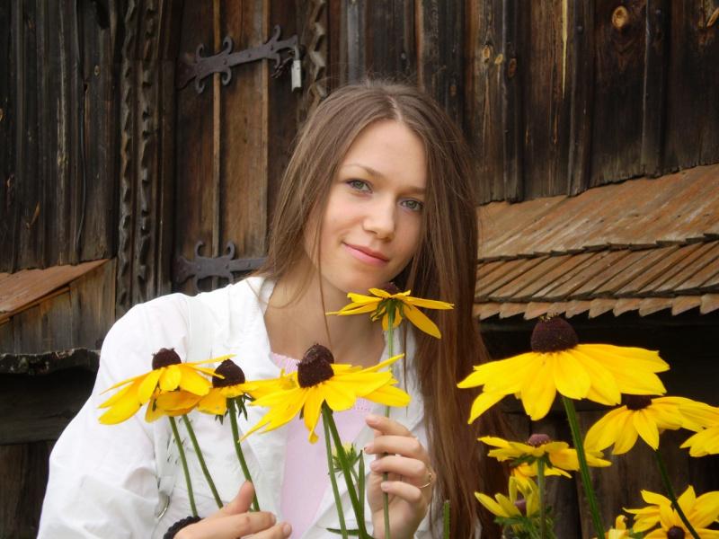 Поэтесса Мария Остапишин-Педченко.