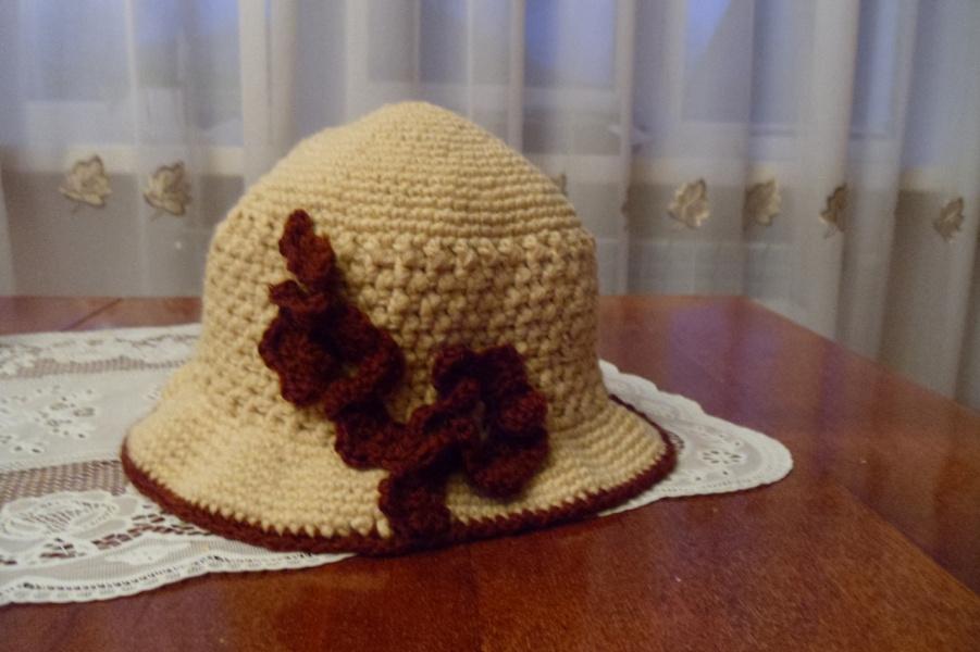 Вязание крючком шляпок на осень
