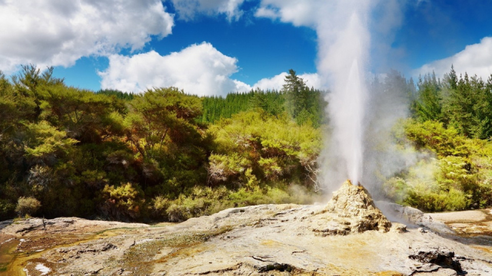 Nature___Other_Geyser_029815_25