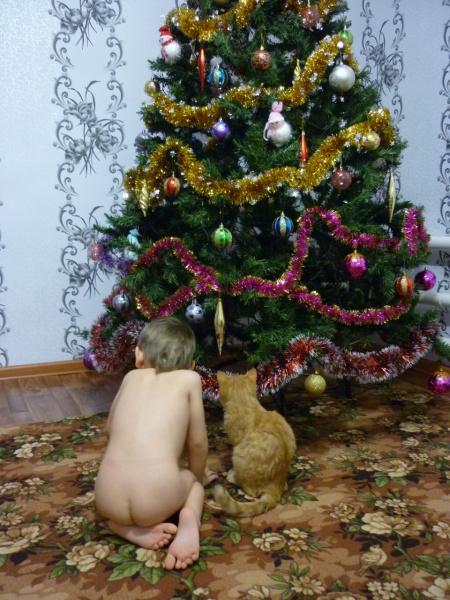 Вот видишь Рыжик,нет здесь никаких подарков