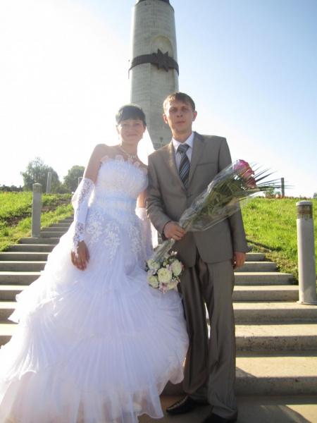 а это мое платье!! и мой любимый муж