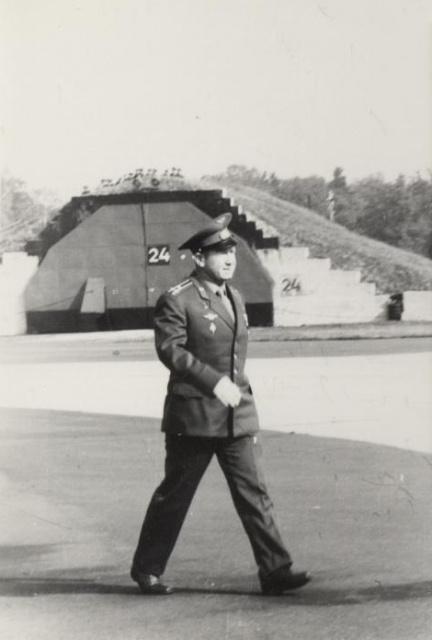 Космонавт Леонов А.А. в нашем гарнизоне.
