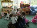 В кругу детей