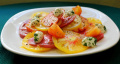 Томатный салат с сыром