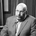 Борис Акунин (Чхартишвили Григорий Шалвович) Родился 20 мая 1956 г. в г.Зестафони Грузинской ССР. С 1958 г. живет в Москве. В 1979 г. закончил историко-филологическое отделение Института стран Азии и Африки (МГУ).
