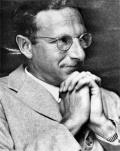 """Эрик Берн (1910 - 1970) - выдающийся американский психолог и психиатр. В 1961 г. он издал книгу """"Трансакционный анализ и психотерапия"""", в к-рой изложил основы своего метода и свое понимание структуры и функции личности."""
