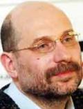 Борис Акунин - псевдоним писателя, литературоведа и переводчика Григория Шалвовича Чхартишвили, под которым он публикует свои произведения, начиная с 1998 года. Родился писатель 20 мая 1956 года в Грузии. С 1958 года живет в Москве.