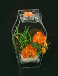 Подсвечник с цветами
