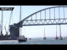 200 яхт прошли под аркой Крымского моста