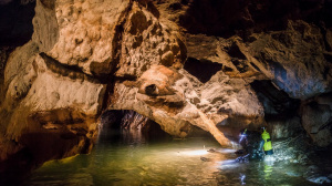 Мокрушинская пещера. Подземное озеро