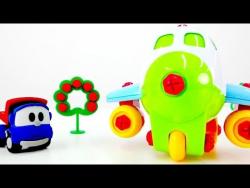 Малыш Грузовичок Лева собирает самолет. Развивающее видео для детей.