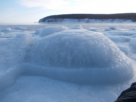 Пирамиды из льда