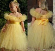 Кто в средние века должен был носить желтые ленты на одежде?