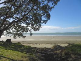 Дальний пляж.