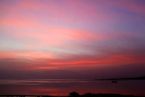 Лирический восход над Мёртвым морем