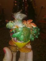 дракончик в яйце боком