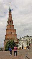 В каких двух городах России есть такие почти одинаковые башни?
