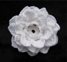 Объемный цветок.
