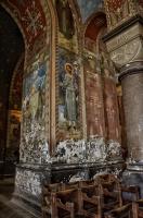 В храме Новоафонского монастыря.