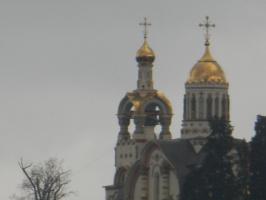Храм св. Владимира. Фото сделано с расстояния примерно 5000м.
