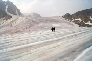 По якутским ледникам
