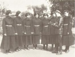 Первые женщины-милиционеры. Петроград. РСФСР. 1919 год.