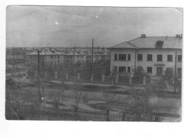 Из окна класса 2-ой школы. Май 1966 года.