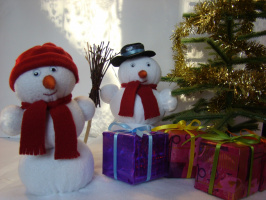 Композиция мягких игрушек к Новому году.