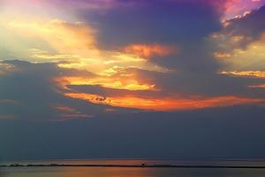Всполохи неба над Мёртвым морем