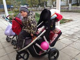 Мои дети на прогулке