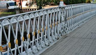 Перила , Львиного мостика