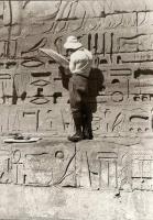 Расшифровки египетских иероглифов, 1927.
