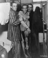 Заключенные концентрационного лагеря смерти Флоссенбург