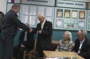 """Награждение медалью """"Ветеран ОВД"""" Солынина А.К."""