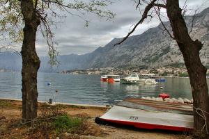 Пасмурное утро в Черногории