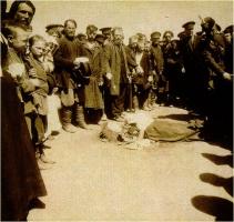 Жертвы давки на Ходынском поле во время торжеств по случаю священного коронования Николая II. 18 мая 1896 г.