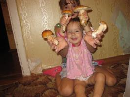 Самые любимые грибочки,мои дочки!