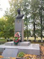 Памятник Герою Советского Союза А.К.Горовцу