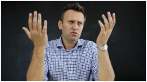 Navalny's look: встречают по одежке