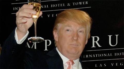Трамп поздравил с Новым Годо…