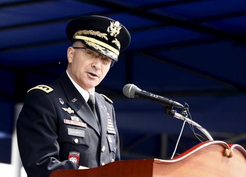 НАТОвский генерал запросил «больше войск» в Европу испугавшись РФ